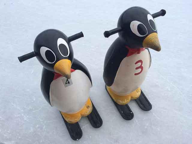 пингвин опора для катания на льду