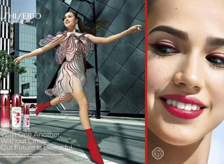 Alina Zagitova signs a make up contract with Shiseido